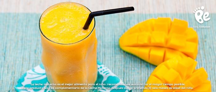 5 batidos saludables y deliciosos para una tarde soleada - Batido de mango